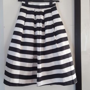 Black and White Stripe High Waist Midi Skirt